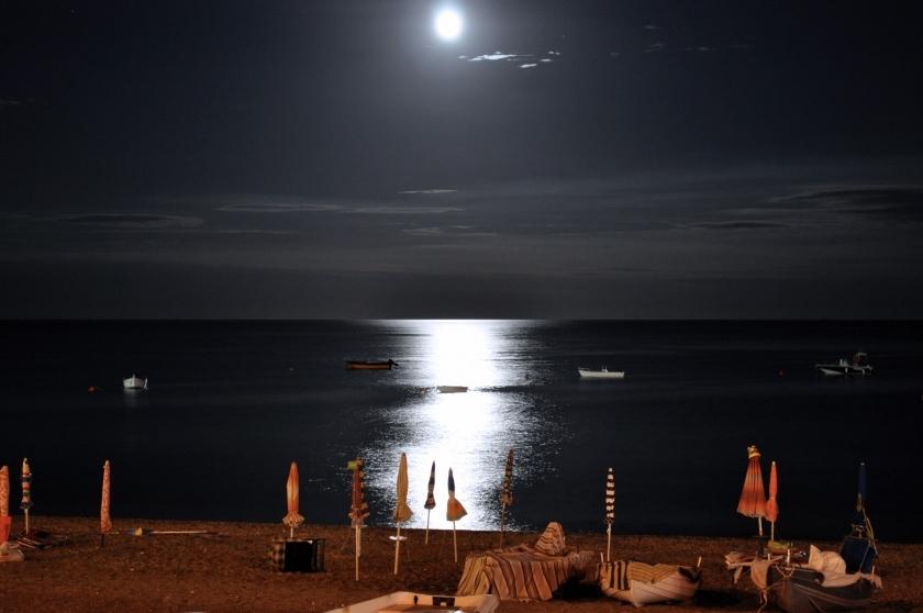 Luna Sul Mare Foto Fototueit